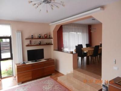 Vand casa zona rezidentiala Ghimbav