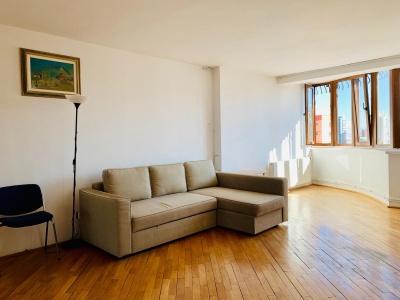Inchiriez apartament 3 camere zona Grivitei