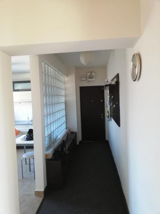 Inchiriez apartament 2 camere, str.Castanilor