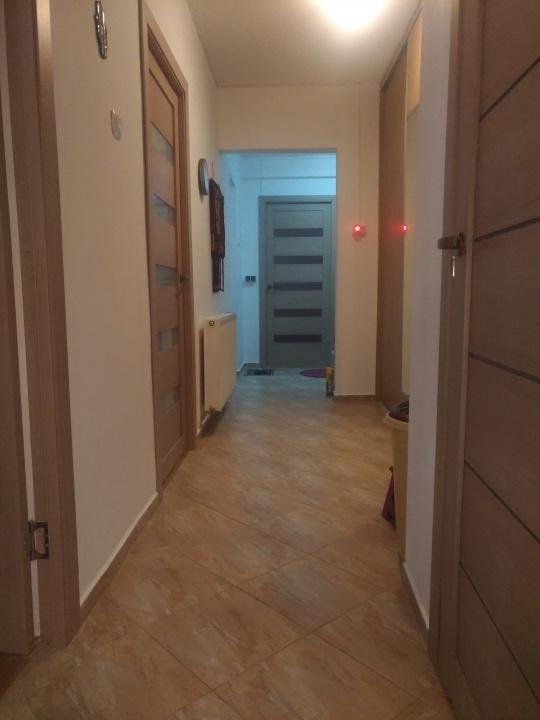 Vand apartament 3 camere, Str. Harmanului