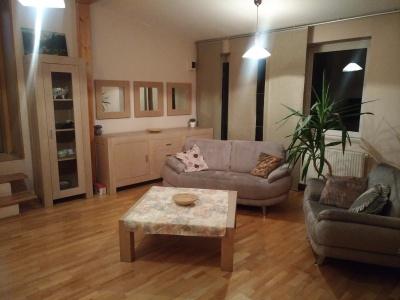 Inchiriez apartament  3 camere, Str. Lunga