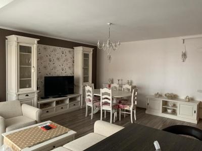 Vand apartament 3 camere lux, bloc nou Alphaville