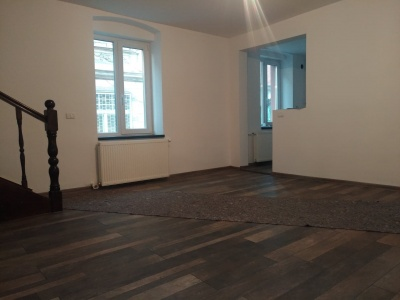 Vand apartament 2 camere, Str. Lunga