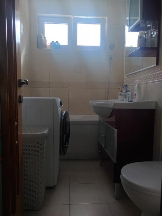 Vand apartament 3 camere, et 1, cartier Astra