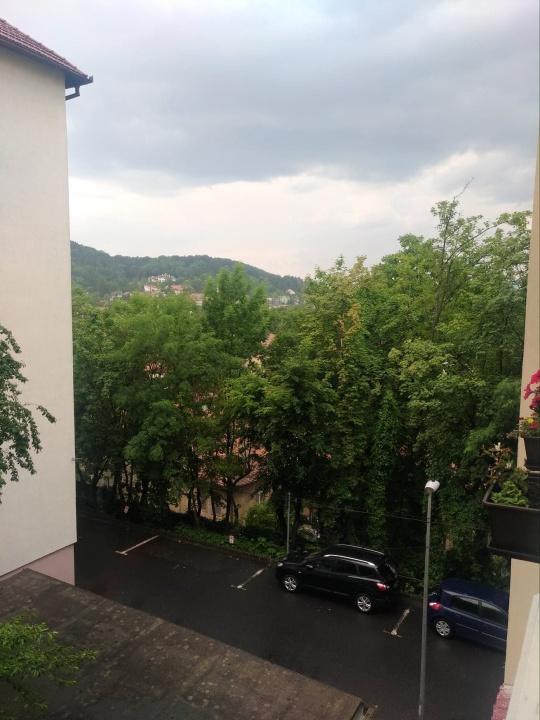 Inchiriez apartament 2 camere, Str. Dealul Cetatii