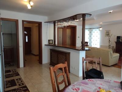 Inchiriez casa individuala cu teren de 800 mp in Harman