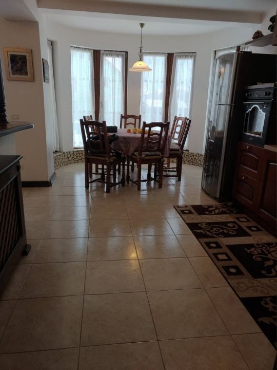 Poza proprietate Inchiriez casa individuala cu teren de 800 mp in Harman