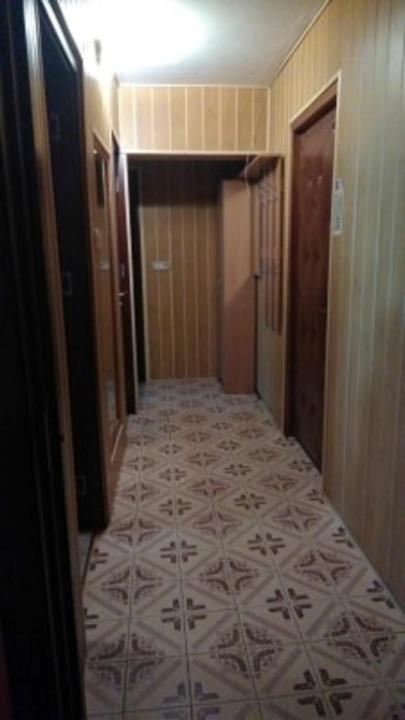 Inchiriez apartament 2 camere, zona Faget