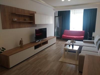 Vand apartament 3 camere in bloc nou, Isaran