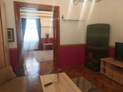 Vand apartament 2 camere Centrul Istoric