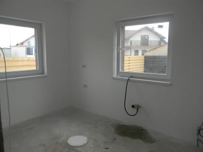Vand casa individuala in Sanpetru COMISION 0%
