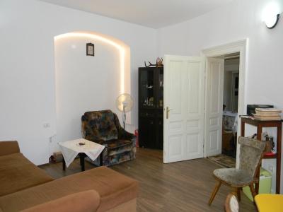 Vand apartament 3 camere, Centrul Istoric