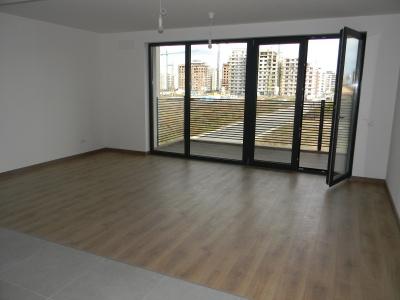 Vand apartament 2 camere in bloc nou in cartierul Tractorul