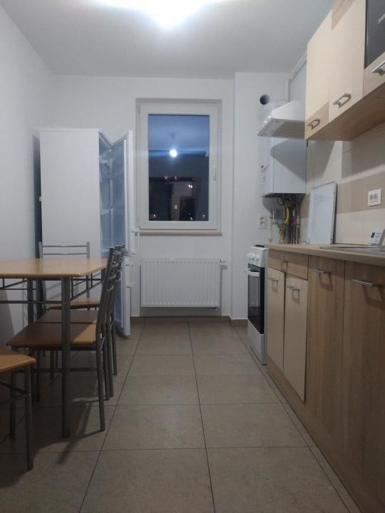 Inchiriez apartament 2 camere in Urban