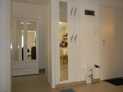 Inchiriez apartament 2 camere, Avantgarden 3