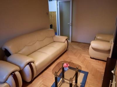 Inchiriez apartament 2 camere, Racadau