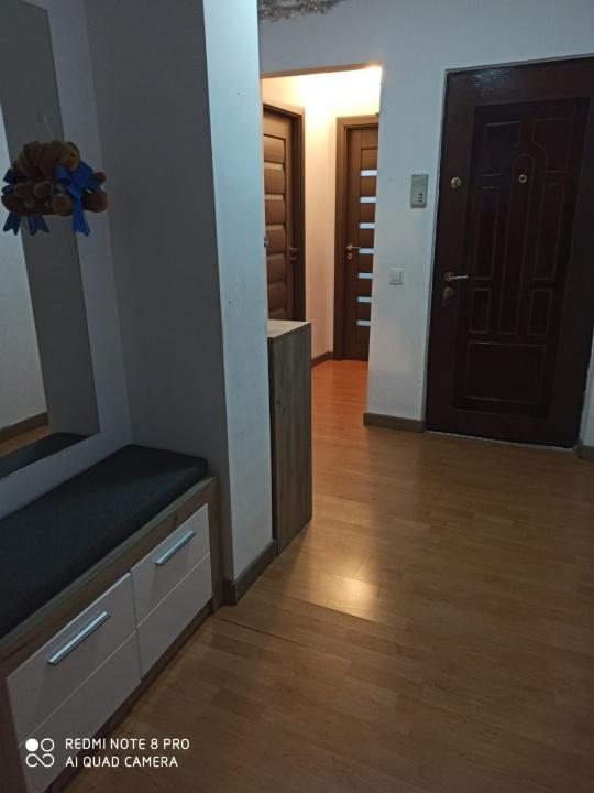 Vand apartament 3 camere, Racadau