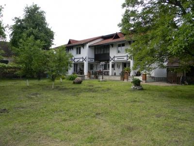 Vand casa in localitatea Feldioara