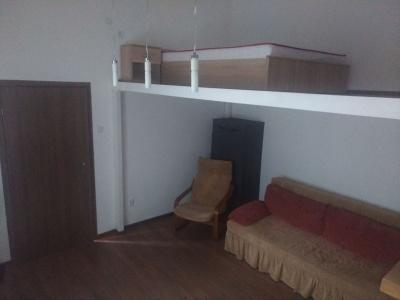 Inchiriez Studio Str. Mihai Viteazul