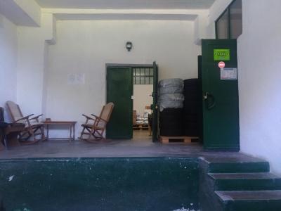 Vand depozit cu spatii de birouri in Racadau