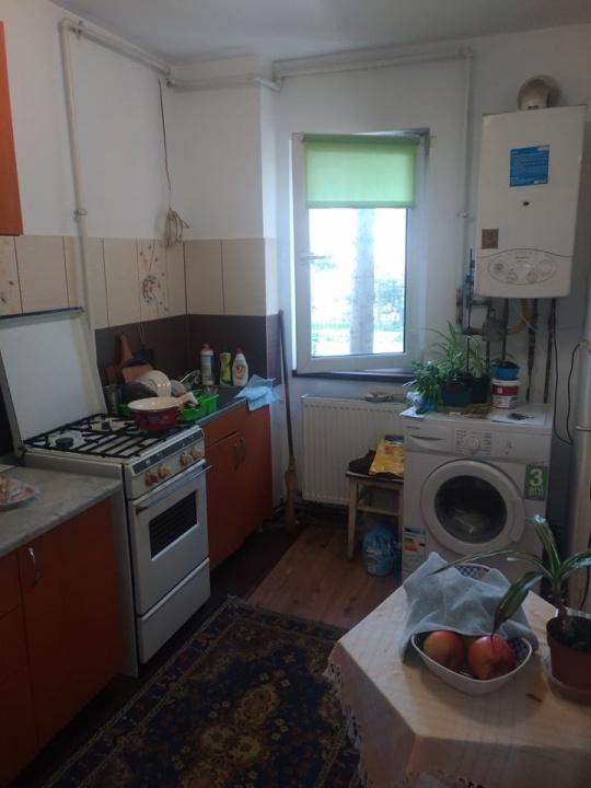 Vand apartament 2 camere Astra